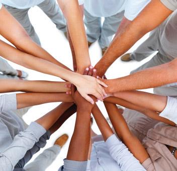 Pourquoi recruter vos bénévoles avec les réseaux sociaux ?